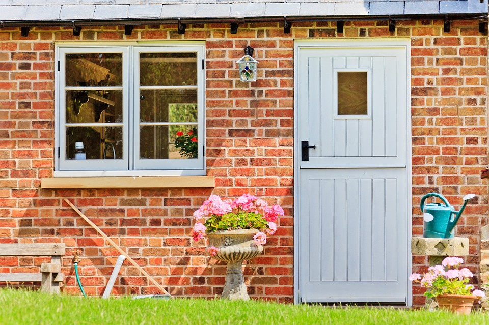 stable doors Guildford